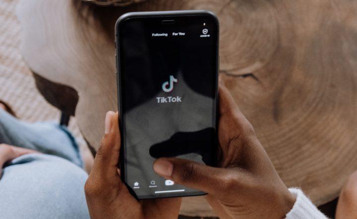 大人気動画系SNSアプリのTikTokがfacebookを抜いてついに世界で最もダウンロードされたアプリになったようです!